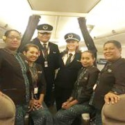 Fiji Airways FJ914 Crew